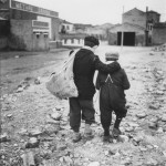 Enrico Pasquali, 'Bambini, periferia di Comacchio', Emilia-Romagna 1955.